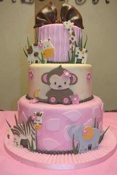 Tarta rosa con animales