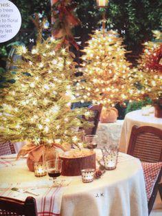 Burlap Christmas tree centerpiece