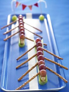 What a fun idea for a healthy snack for a crew party! #crew #rowing #healthysnacks #healthyeating