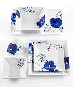Modern Dinnerware - Top Picks by Designer Lillian Pikus - tableware - Modern Dinnerware - Top Picks by Designer Lillian Pikus blue flowers Pottery Painting, Ceramic Painting, Ceramic Art, Modern Dinnerware, Dinnerware Sets, Delft, Cerámica Ideas, Vase Deco, Blue Dishes
