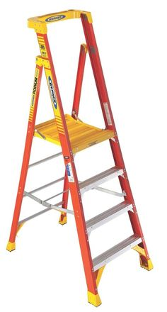 Ladder Werner 4 Tread Fibreglass Platform Stepladder, 2.1M