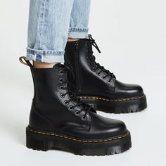 8 Outdated Winter Boot Trends and What to Buy Instead | Who What Wear