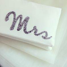 As well as this dark silver glitter, I've managed to find a lovely light silver for the MRS, I DO and monogram clutches!  It's arriving any day now so I'll add it as an option as soon as it's here. A Bride-to-be can never have too many glitter options!