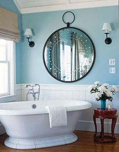 Saw this mirror several months ago and I have been in love with it ever since!  Fabulous bath!