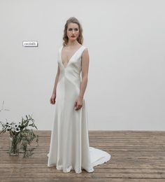 Andrea Hawkes Bridal  http://andreahawkes.co.uk/collection/