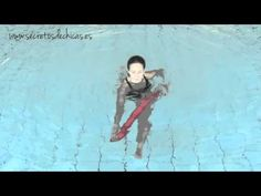 ▶ Aquagym: Ejercicios en el agua con el churro                                                                                                                                                                                 Más