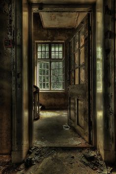 The Lier Psychiatric Hospital in Norway was built in 1926 and abandoned in Both haunting and eerily beautiful. (The Asylum Project - Welcome by Erik Brede - fine art america) Abandoned Buildings, Abandoned Asylums, Old Buildings, Abandoned Places, Abandoned Castles, Haunted Asylums, Haunted Places, Haunted Houses, Haunted Mansion