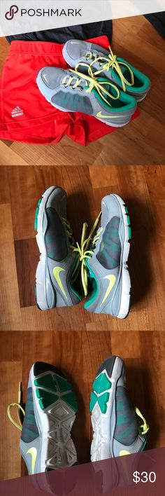🌻Spring Break Sale🌻 Nike Flex TR2 Training Shoes 🌻🌻🌻Spring break sale! Get rad discounts on spring and summer essentials!🌻🌻🌻 Nike Flex TR2 Training Shoes in great used condition. Size 6.5. Make an offer or ask questions! :) Nike Shoes Athletic Shoes