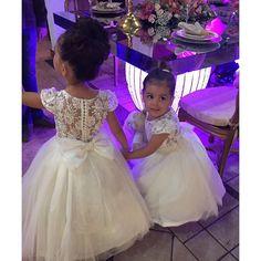 the flower girls Vintage Flower Girls, Princess Flower Girl Dresses, Wedding Flower Girl Dresses, Bridesmaid Flowers, Little Girl Dresses, Girls Dresses, Bridesmaid Dresses, Flower Girl Gown, Lace Flower Girls