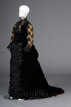 Reception Gown, House of Worth 1878, French, Made of silk, velvet, and lace