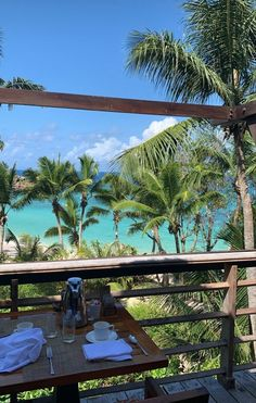 Beautiful World, Beautiful Places, Places To Travel, Places To Visit, Destinations, Hawaii Life, Travel Aesthetic, Aesthetic Body, Sky Aesthetic