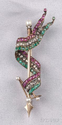 Antique Gem-set Ribbon Brooch, with cushion-shape ruby and emerald and rose-cut diamonds, seed pearl highlights, silver-topped gold mount, lg. The colors are Suffragist. Victorian Jewelry, Antique Jewelry, Vintage Jewelry, Suffragette Jewellery, Art Nouveau Jewelry, Pearl Brooch, Crown, Rose Cut Diamond, Bracelets