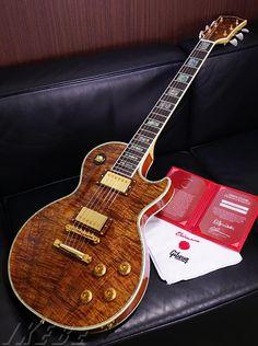 Gibson Custom Shop Custom Crimson 68 Les Paul Custom Koa Top/Mahogany Back Antique Natural