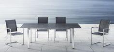 solpuri Outdoor-Stühle und Outdoor-Tisch zum Ausziehen. Zeitloses, luxuriöses Design kombiniert mit hochwertigen Materialien auf arrangio.de