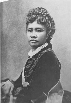 Queen Lili'uokalani of Hawai'i, born Lydia Lili'u Loloku Walania Wewehi Kamaka'eha-a-Kapa'akea, legal and hānai Lydia Kamaka'eha Pākī.