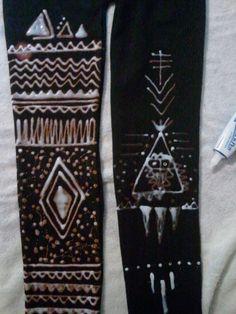 DIY Bleach Pen Leggings; would be fairly easy to make a tribal / southwestern pattern
