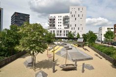 Square-de-la-Bollardiere-Playground-06b « Landscape Architecture Works | Landezine