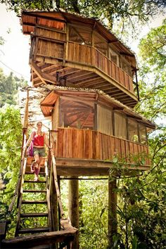 Finca Bellavista - Tree house community in Costa Rica. via apartment therapy. Design Despace, The Places Youll Go, Places To Go, Building A Treehouse, Treehouse Living, Living In Costa Rica, Cool Tree Houses, In The Tree, Interior Exterior