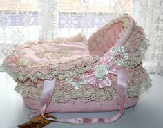 Baby Shower Baskets, Reborn Nursery, Doll Beds, Baby Nest, Reborn Baby Dolls, Vintage Shabby Chic, Baby Cribs, Bassinet, Doll Clothes