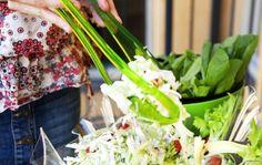 Rapea kaalisalaatti Delicious Vegan Recipes, Coleslaw, Vegan Food, Cabbage, Vegetables, Yummy Vegan Recipes, Veggie Food, Coleslaw Salad, Vegan Meals