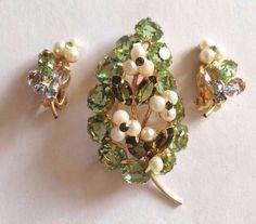 High End Peridot Rhinestone Faux Pearl Floral Brooch Earrings Set Gold Tone #Unbranded