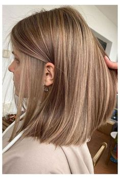 Blonde Hair Looks, Brown Blonde Hair, Brunette Hair, Ash Brown Hair With Highlights, Hair Highlights, Gorgeous Hair Color, Hair Color And Cut, Balayage Hair, Bronde Hair