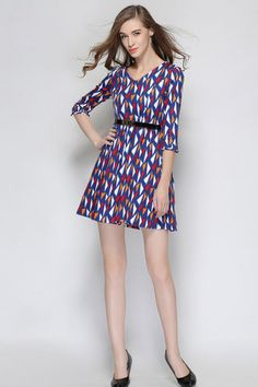 Beautifully Modest Dresses for Teens   Beautiful modest outfit!! Discover the latest women fashion, celebrity, street style, outfit ideas you love on http://todesignlife.com/