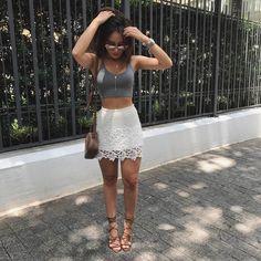 """13.2 mil curtidas, 62 comentários - Agatha Braga (@agatha) no Instagram: """"Tão bom achar fotos perdidas tiradas antes do carnaval pra nos incentivar a não furar a dieta pós…"""""""
