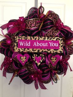 Valentines Day Wreath Wild About You via Etsy. Valentine Day Wreaths, Valentine Decorations, Valentine Crafts, Holiday Wreaths, Happy Valentines Day, Holiday Fun, Wreath Crafts, Decor Crafts, Diy Crafts