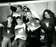 Pretty Boys, Music, Singers, Ears, Fandoms, Sweetie Belle, Everything, Musica, Cute Boys
