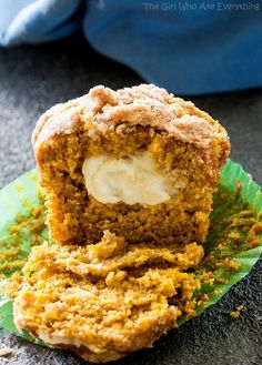 Pumpkin Cream Cheese Muffins - hands down one of my favorite fall pumpkin recipes ever! Baking these makes the house smell incredible! Pumpkin Cream Cheese Muffins, Pumpkin Cream Cheeses, Pumpkin Puree, Pumpkin Pie Spice, Cheese Pumpkin, Pumpkin Cookies, Pumpkin Pumpkin, Pumpkin Ideas, Healthy Pumpkin