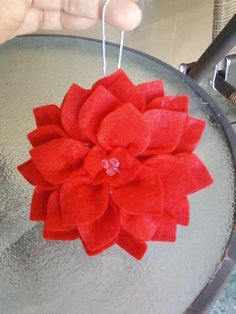 Felt Poinsettia Craft