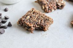 No-Bake Brown Butter Quinoa Bars I howsweeteats.com