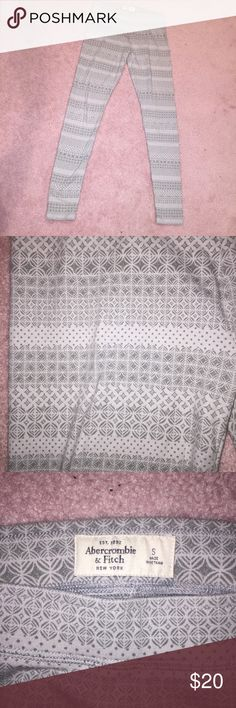 Abercrombie & Fitch leggings Abercrombie & Fitch grey patterned leggings - size small. Worn a lot! Abercrombie & Fitch Pants Leggings