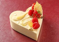 Joel Robuchon Christmas Limited cake from the four appearance - such as heart-shaped white chocolate mousse   News - Fashion Press