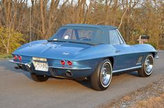 1967 Corvette Roadster - Marina Blue