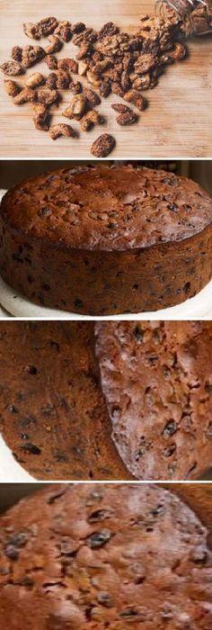 Bizcocho con frutos secos al ron para Navidad. #panettone #panetone #pandulce #paneton #navideño #navidad #navideña #merrychristmas #postres #cheesecake #cakes #pan #panfrances #panes #pantone #pan #recetas #recipe #casero #torta #tartas #pastel #nestlecocina #bizcocho #bizcochuelo #tasty #cocina #chocolate Si te gusta dinos HOLA y dale a Me Gusta MIREN... Sweet Recipes, Cake Recipes, Dessert Recipes, Desserts, Xmas Food, Christmas Baking, Bien Tasty, Cake Land, Rum Cake