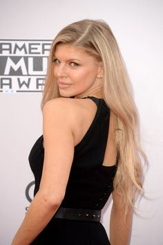 Pin for Later: See All the Sexy Stars on the Red Carpet of the American Music Awards! Fergie