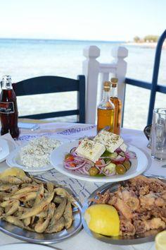 Greek Cuisine at a traditional taverna on Aegina Island! Zorba The Greek, Crete Island, Getting Hungry, Man Food, Greek Recipes, Greek Islands, Bon Appetit, Gourmet Recipes, Carne