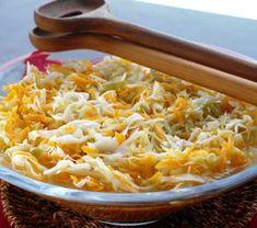 Etikkaliemessä marinoitu kaalisalaatti   Reseptit   Anna.fi Macaroni And Cheese, Ethnic Recipes, Anna, Food, Drinks, Drinking, Mac And Cheese, Beverages, Essen