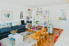 Francine Rosselot y Felipe Cádiz, diseñadora y periodista House Tours, Office Desk, Color Pop, Kitchen Ideas, Sweet Home, New Homes, Decor Ideas, Interior Design, Furniture