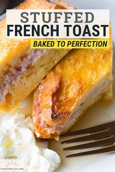 Baked Stuffed French Toast Wow, this is such a delicious brunch! This Baked Stuffed French Toast is a perfect breakfast recipe. Fill brioche with cream cheese and jam, let it soak overnight, and simply place the casserole in the oven the next morning. Brioche French Toast, French Toast Bake, French Toast Casserole, Breakfast Casserole, Breakfast Bake, Vegetarian Breakfast, Make Ahead Breakfast, Perfect Breakfast, Brunch Recipes