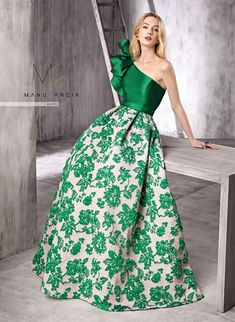 ideas dress nigth gala for 2019 Elegant Dresses, Pretty Dresses, Beautiful Dresses, Casual Dresses, Fashion Dresses, Formal Dresses, Evening Dresses, Prom Dresses, Summer Dresses