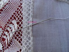 A Bobbin Lace Lover: Como poner la tela al encaje/How to adapt cloth to lace