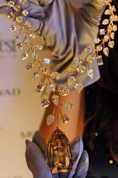 Mouawad's 637-carat L'Incomparable Diamond Necklace