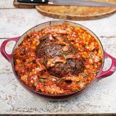 Een goed gehaktbrood met verse tomatensaus, dat is mijn definitie van comfort food.