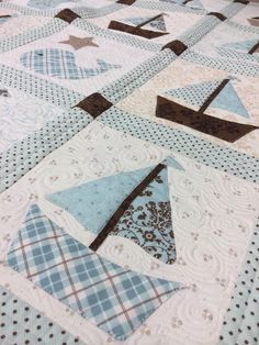 Cape Cod baby quilt, appliqued, finished quilt at Holly Hill Quilt Shop