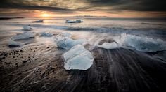 Icescapes - jokulsarlon , early morning