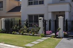 caststone fence 235 pillar @1.8311 Home Fencing, Fences, Automatic Gate, Door Gate, Security Door, Fence Design, Australia, Landscape, Gates