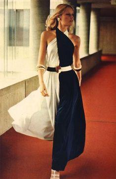 Color Block Halter Culotte Dress by Irene Galitzine, 1972 70s Fashion, Fashion History, Fashion Beauty, Fashion Dresses, Vintage Fashion, Womens Fashion, Vintage 70s, Halston Vintage, Seventies Fashion